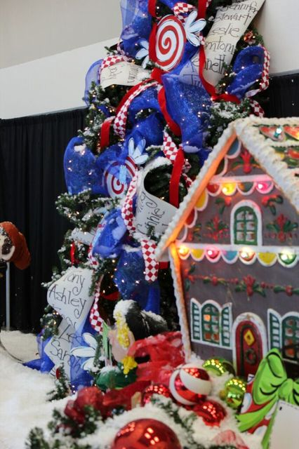 Bladen journal holly day fair largest gift craft show for Largest craft shows in the us